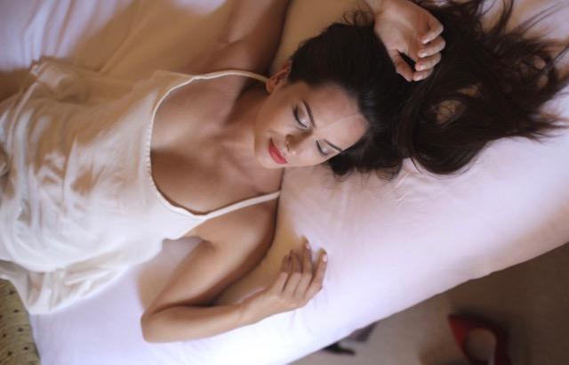 Beckenboden im Sex - ruhig erst mal alleine üben